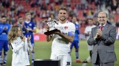 El Sevilla alzó el Trofeo Antonio Puerta.