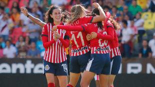 Chivas anota el gol 1500 de la Liga MX Femenil en la victoria sobre...