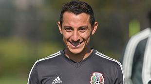 Andrés Guardado será padre por segunda ocasión.