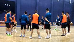 La selección sub 19, durante un entrenamiento en Tiflis (Georgia).