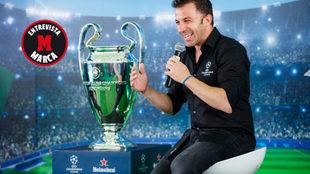 Del Piero, durante el UEFA Champions League Trophy Tour de Heineken en...