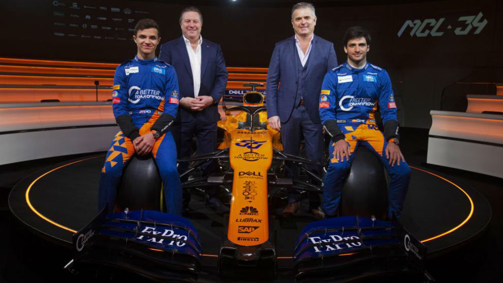 Lando Norris, Zak Brown, Gil from Ferran and Carlos Sainz during the...