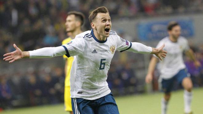 Cheryshev celebra uno de sus goles en Kazajistán.