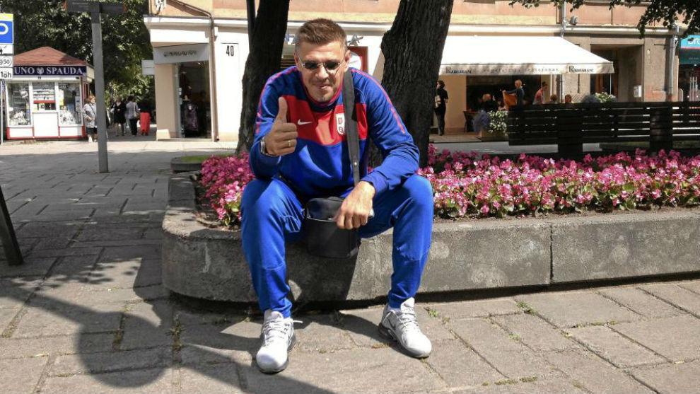 11a752f434a FC Barcelona  Milosevic