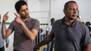 El presidente del PSG, Nasser Al-Khelaifi  y Neymar Santos, durante un...