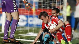 Gerard Valentín se lamenta tras marcarse el 0-1 en el Anxo Carro