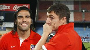 Falcao y Cebolla en el Vicente Calderón.