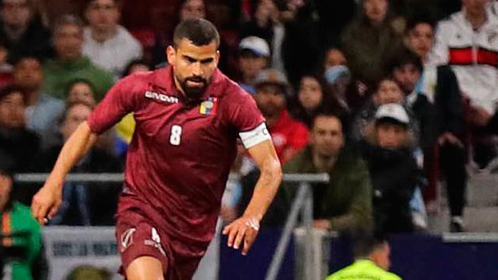 Tomás Rincón explota contra la marca que viste a la selección de Venezuela