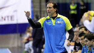 El técnico del Sinfín, Rodrigo Reñones /