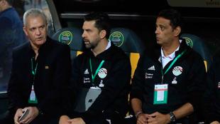 Javier Aguirre durante un partido con la selección egipcia.