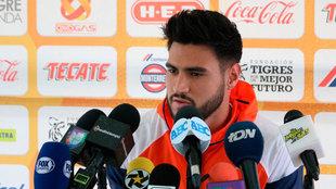 Juan José Sánchez en conferencia de prensa
