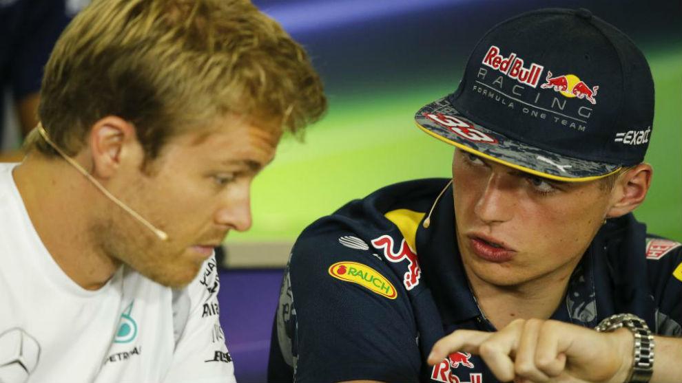 Nico Rosberg, con Max Verstappen, en 2016.