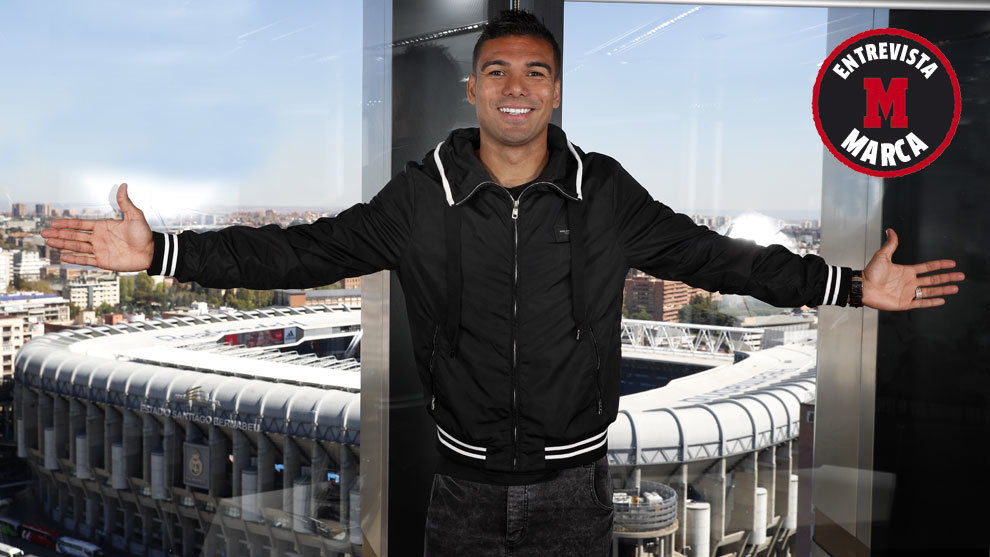 Casemiro with the Bernabéu in the background.