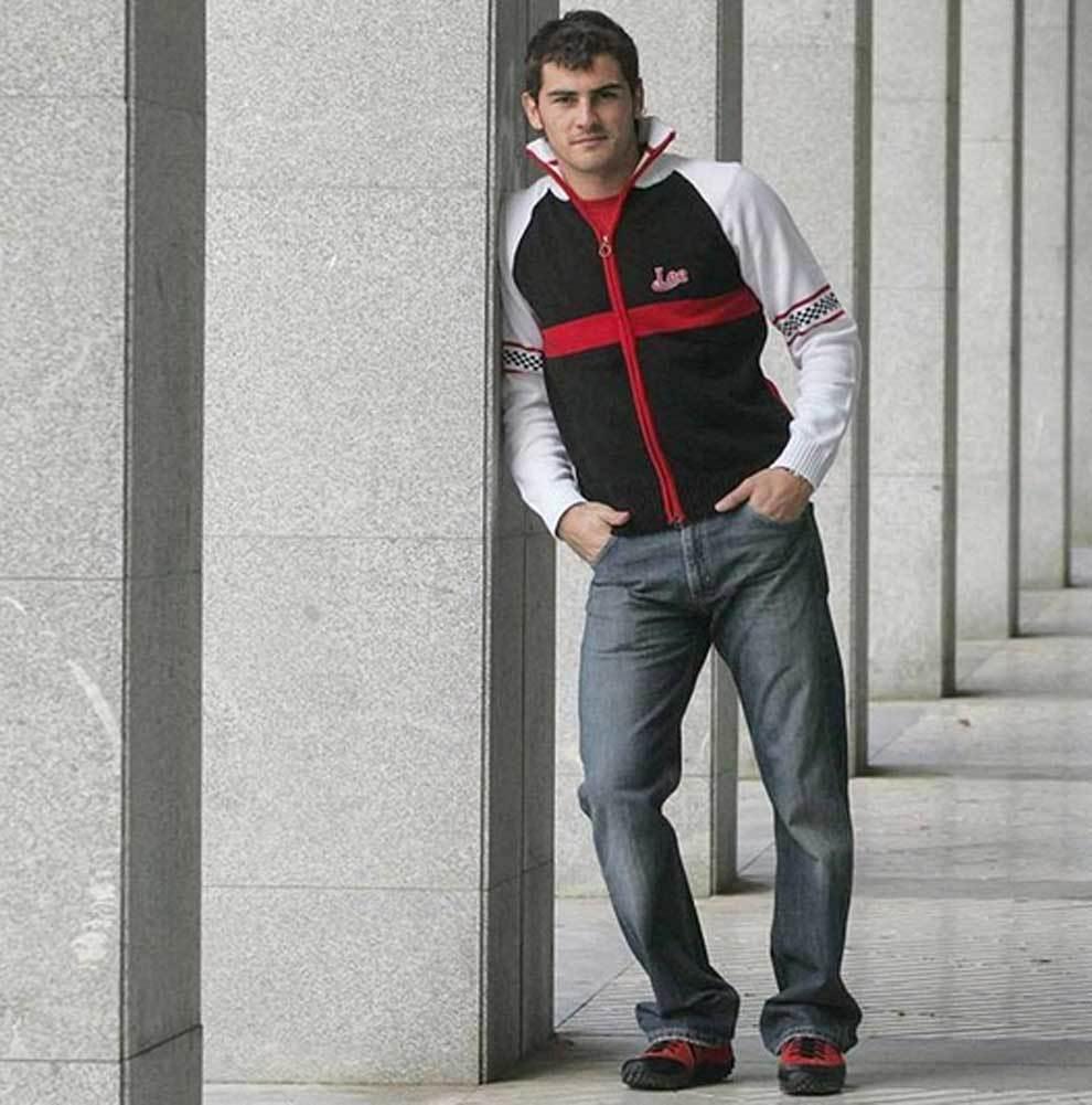 """La foto viral de Ikes Casillas de joven: """"""""De mis años en la..."""