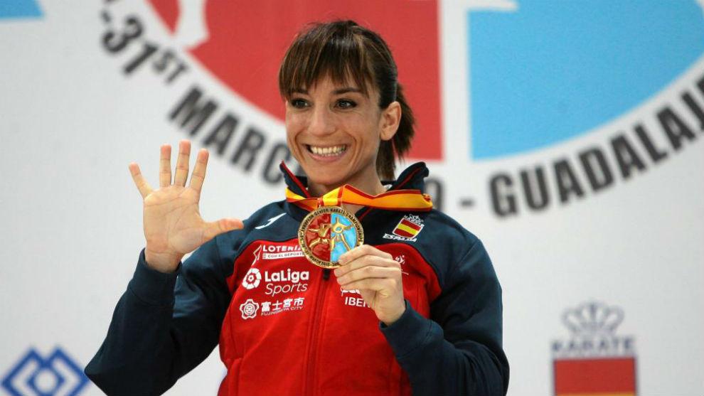 Sandra Sánchez, con el oro.