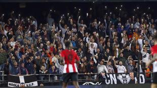 La grada de animación durante el partido contra el Athletic esta...