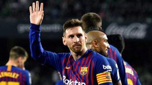 Leo Messi celebra uno de los tantos logrados ante el Espanyol.