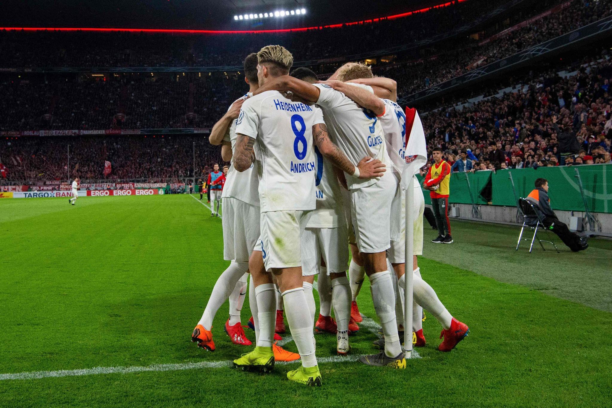 James, titular en la sufrida victoria del Bayern Múnich en la Copa de Alemania