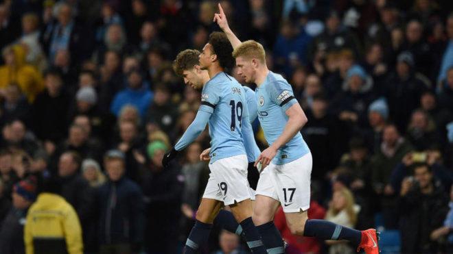 De Bruyne celebra su gol al Cardiff.