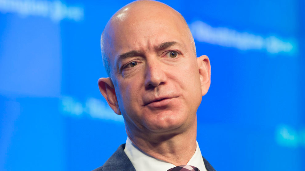 Jeff Bezos, durante una conferencia