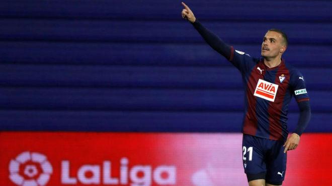 Pedro Léon, celebrando el gol del triunfo ante el Rayo.