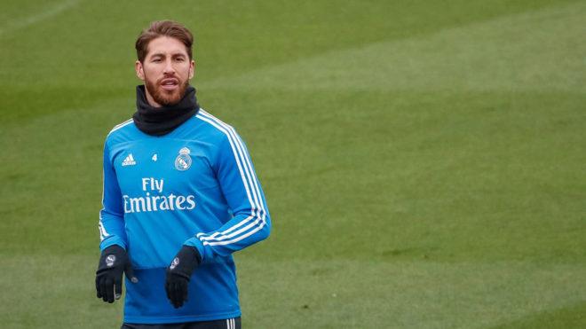 Sergio Ramos, durante el entrenamiento del Madrid.