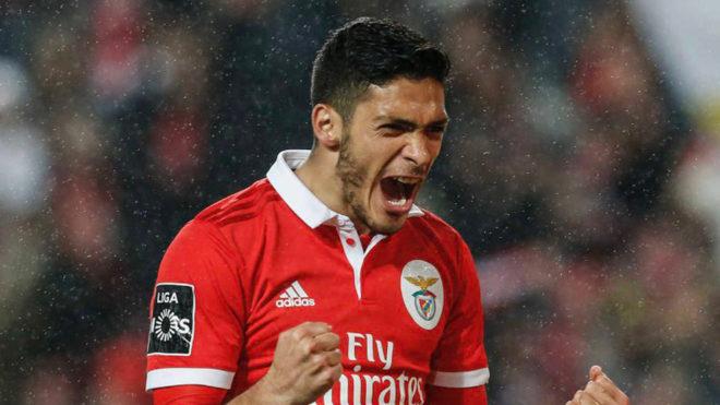 "Raúl Jiménez: ""Fue un placer ser parte de la historia del Benfica""   MARCA Claro México"