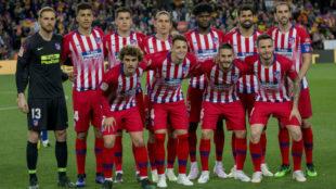 El once del Atlético en el Camp Nou.