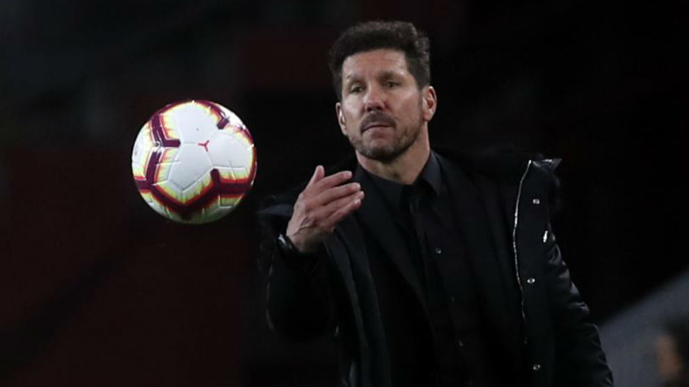 Simeone during Atletico Madrid's clash with Barcelona at the Camp Nou.