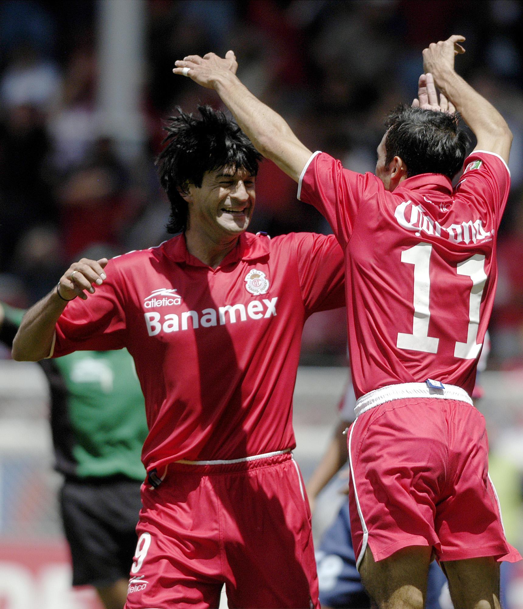 Entre Cardozo y Vicente Sánchez anotaron 335 goles para el Toluca.