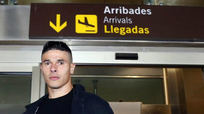 Roncaglia, el día que fichó por el Valencia el pasado mes de enero.