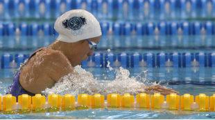 Jessica Vall, nadando destacada su semifinal de los 100 m braza.
