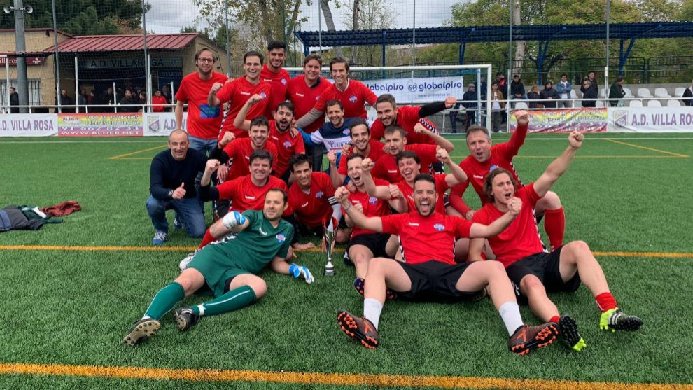 El equipo de Radio MARCA tras ganar su segundo título