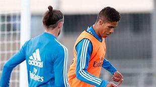 Bale y Varane, en Valdebebas