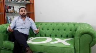 El presidente de Vox, Santiago Abascal, posa para MARCA en su...