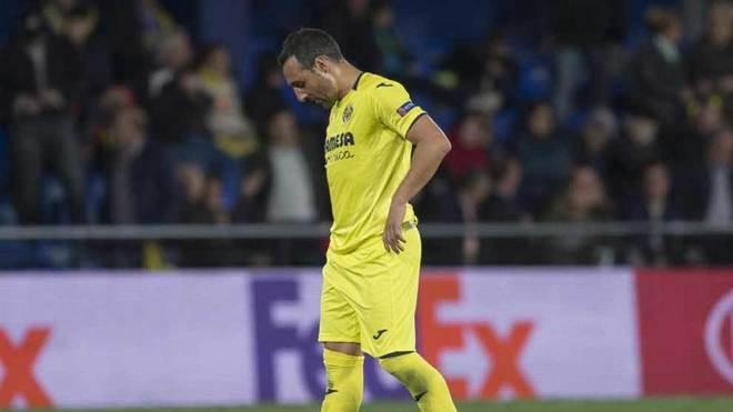 Cazorla se lamenta en el partido ante el Valencia.
