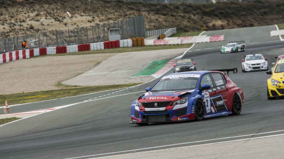 La unidad de SMC Junior Motorsport sumó su tercera victoria el...