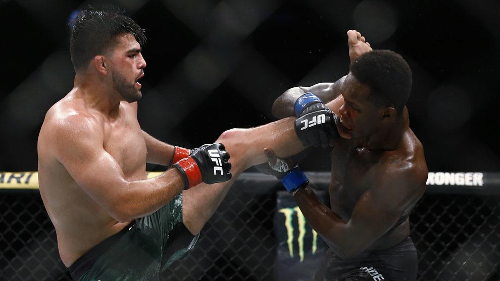 UFC 2019 Mexico: Cae Kelvin Gastelum ante Israel Adesanya en auténtica guerra | MARCA Claro México
