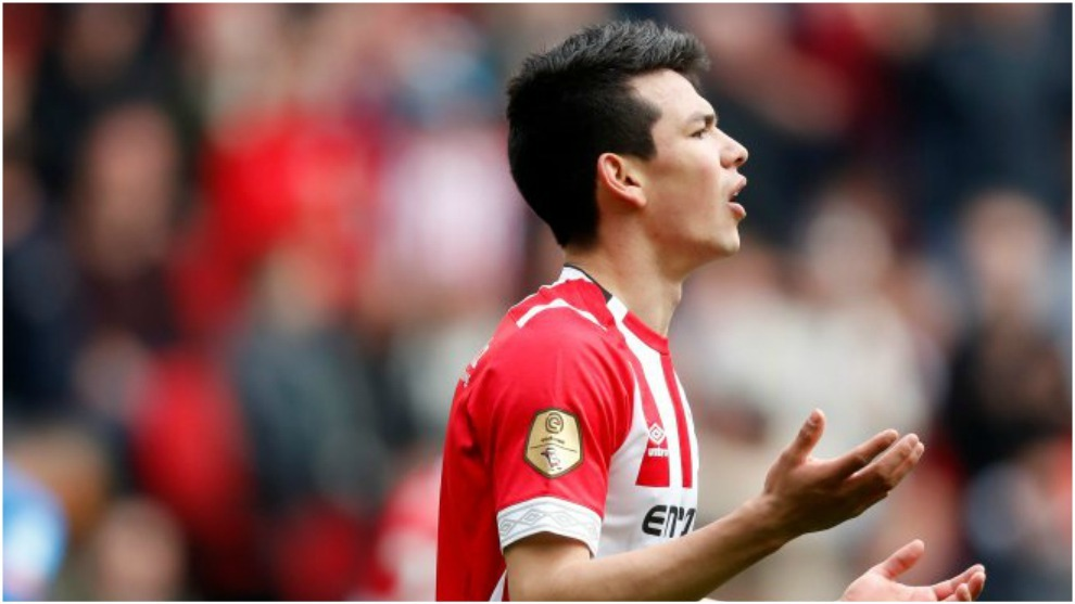 Hirving Lozano, en una acción del encuentro PSV vs Graafschap de la...