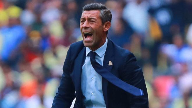 Pedro Caixinha no salió contento con el empate