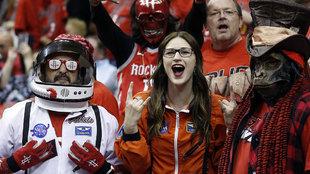 Los espectadores más singulares en el Toyota Center de Houston