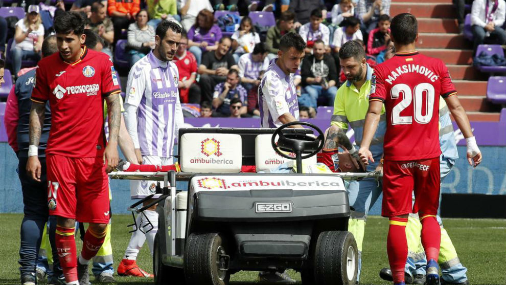 Antunes tuvo que ser retirado en camilla del José Zorrilla.
