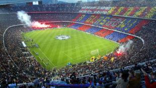 El Camp Nou, vestido de gala para una noche de Champions.