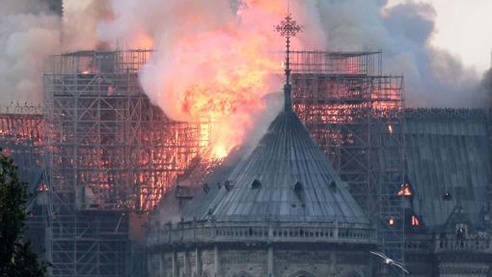 Expertos e incendio en Notre Dame: