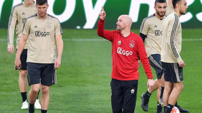 Ten Hag during Ajax's training session in Turin.
