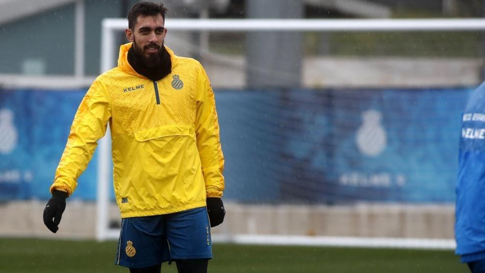 Borja Iglesias, en un entrenamiento.