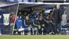 Zidane, con los suplentes tras los dos cambios en Butarque