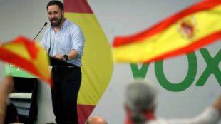 Santiago Abascal, líder de VOX, durante un mitin