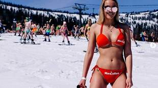 A whopping 1,761 people skied on Mount Zelenaya in a swimsuit, bikini...