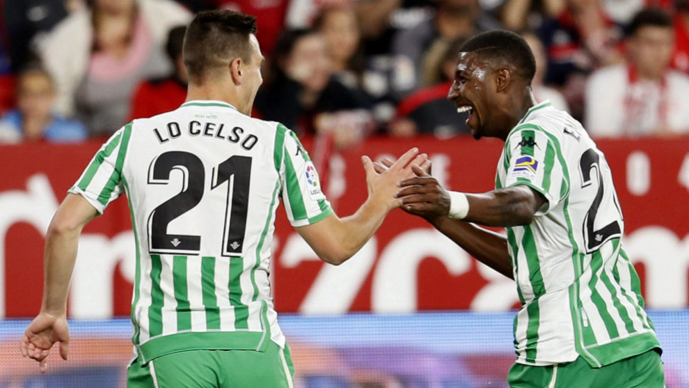 Lo Celso celebrates with Emerson after scoring in El Gran Derbi.